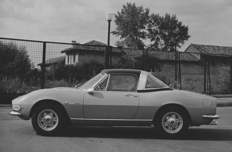 Fiat Dino Spider 2000 with hardtop